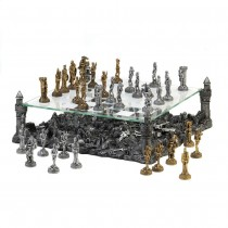 BATTLEGROUND CHESS SET